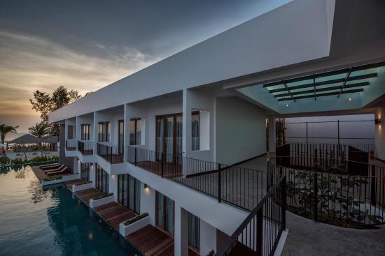 Ren Resort