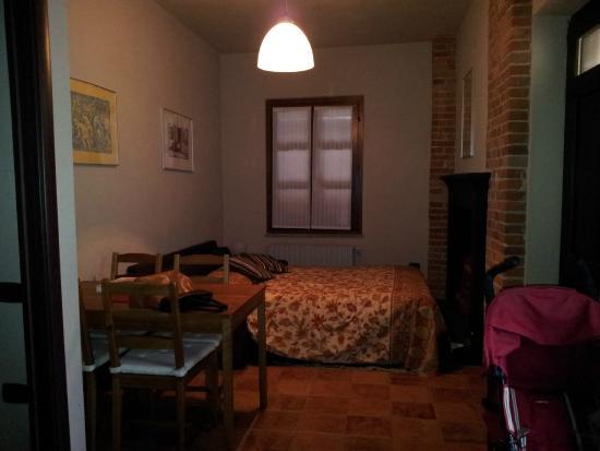 Camere Con Divano Letto : Seconda camera con divano letto foto di agriturismo ca del re