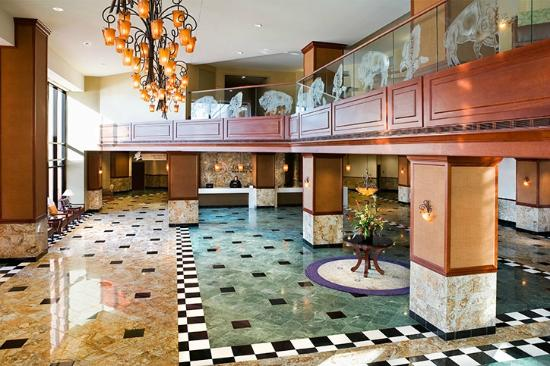 Treasure Island Resort & Casino: Hotel Lobby