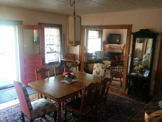 Engadine, MI: Dining Room/Breakfast Table
