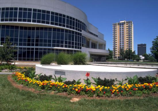 ‪Juanita K. Hammons Hall for the Performing Arts‬