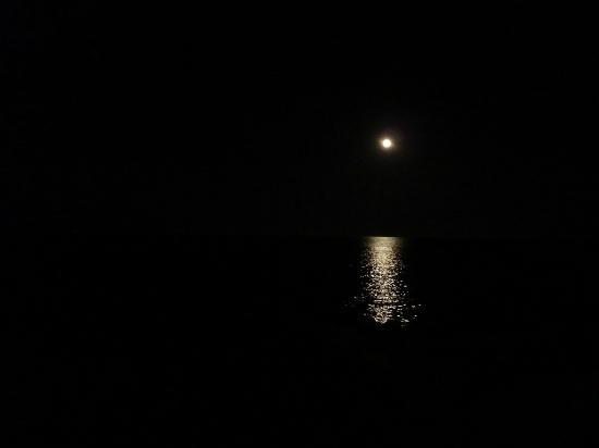 Apartamentos Atlas: Noche de luna en Sta Eulalia
