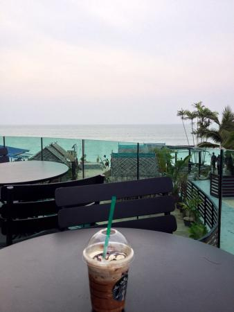 Starbucks, Batu Ferringhi