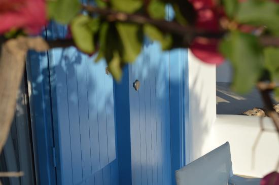 Iliana Rooms & Apartments: Χρωματα μοναδικα