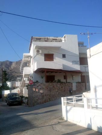 Tilos, Yunanistan: Great location close to everything!