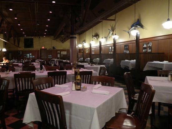 Restaurant interior picture of nd st oyster bar
