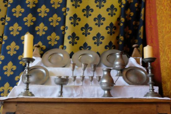 Gainsborough Old Hall: Table ware