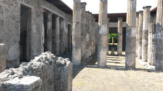Hotel del Sole : The ruins