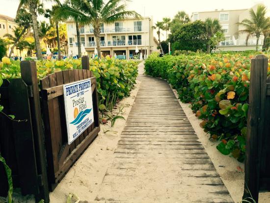 Prestige Hotel Vero Beach Beachside Bungalow