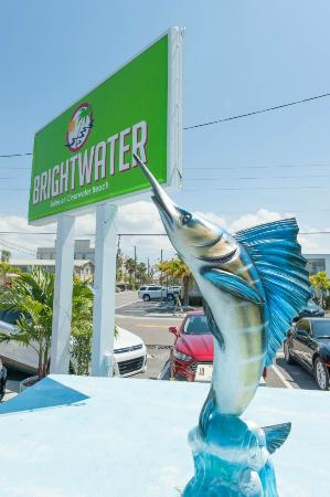 Brightwater Suites on Clearwater Beach : Marquee and sailfish statue