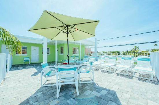 Brightwater Suites on Clearwater Beach: Upper sundeck