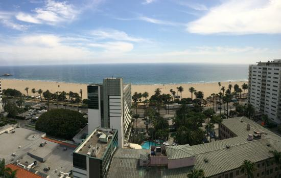 Huntley Santa Monica Beach Panorama View From The Bar And Restaurant Atop