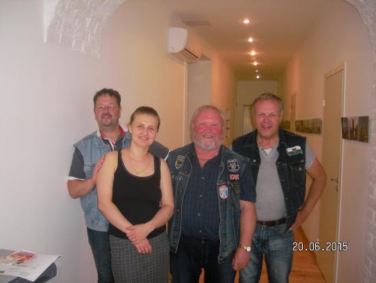 SwissSTAR B&B: Der Abschied bei Irina.