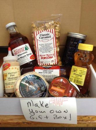 Lancaster, WI: Make your own gift boxes.
