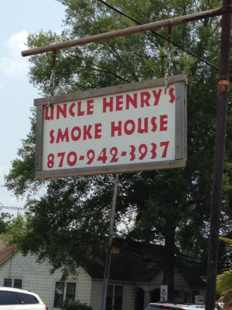 Uncle Henry's Bar-b-Que