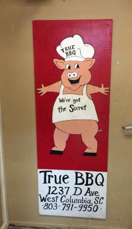 True BBQ: sign inside