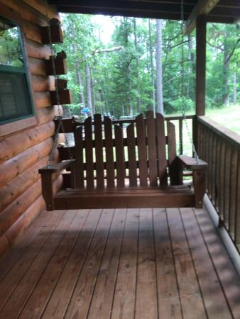 Cabin Fever Resort : Cabin 2