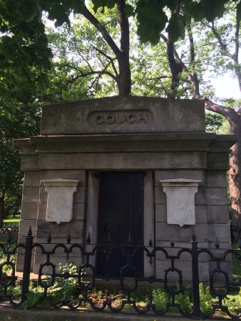 Couch Mausoleum