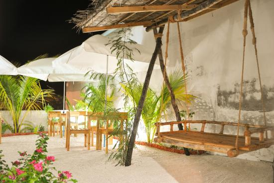 Guraidhoo Inn, Maldives