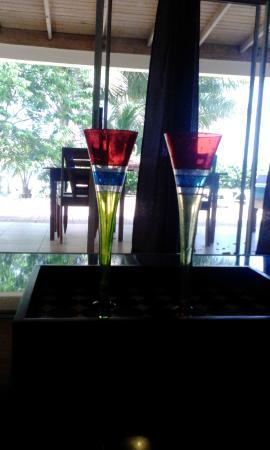Marblue Villa Suites : Pineapple Suite look outside