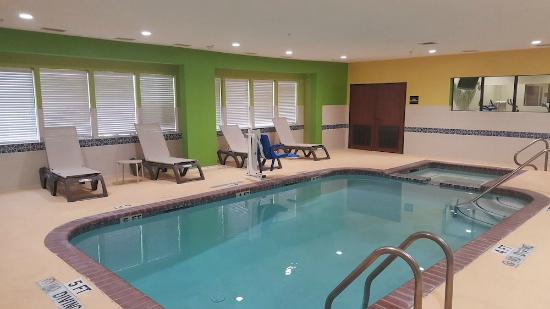 Super 8 Port Arthur Nederland Area Indoor Pool