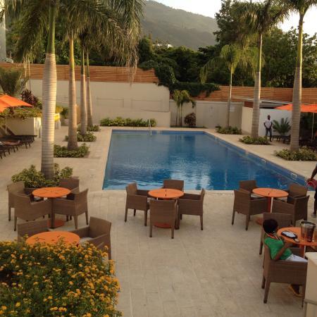 Pool - Marriott Port-au-Prince Hotel Photo