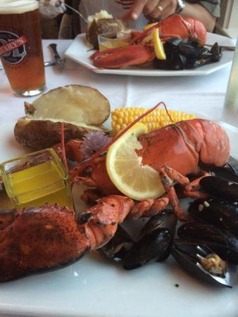 95 Ocean at The Nonantum Resort: Shore dinner