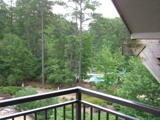 Fountain Area Picture Of The Lodge And Spa At Callaway Gardens Pine Mountain Tripadvisor