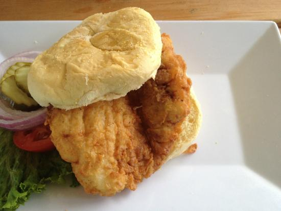 Panora, ไอโอวา: Breaded Pork Loin Sandwich