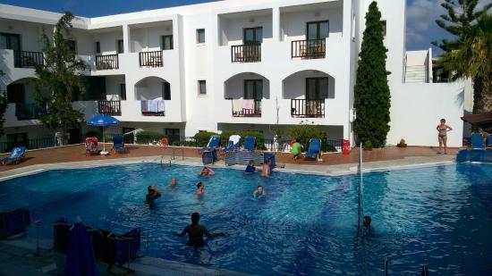 Club Lyda Hotel: Bath
