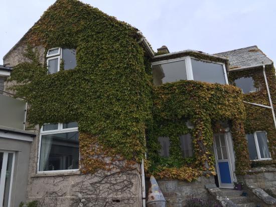 Denham House Foto