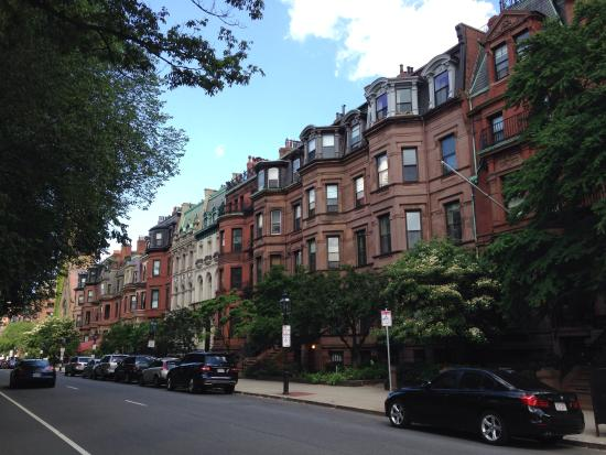 463 Beacon Street Guest House: Nice neighborhood!