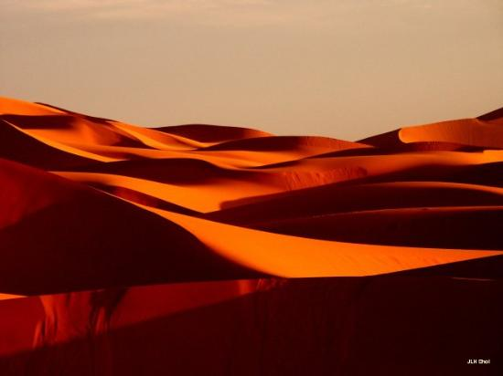 Erg Chebbi Meditation - Day Tours