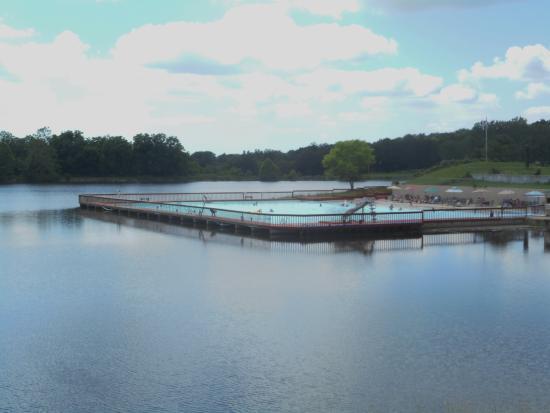 Lone Jack, Missouri: Pool