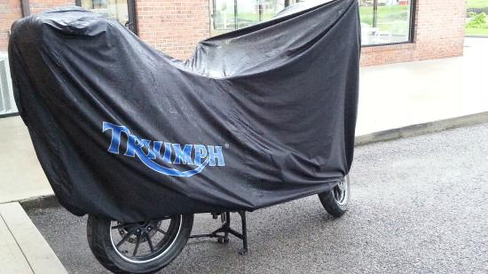 Holiday Inn Express Hotel & Suites Elkins: Bring Your Bike Cover along!