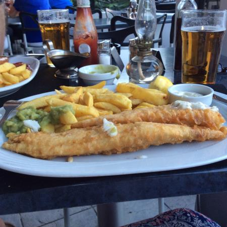 Peggotty's Finest Fish & Chips: Nice batter and large portions
