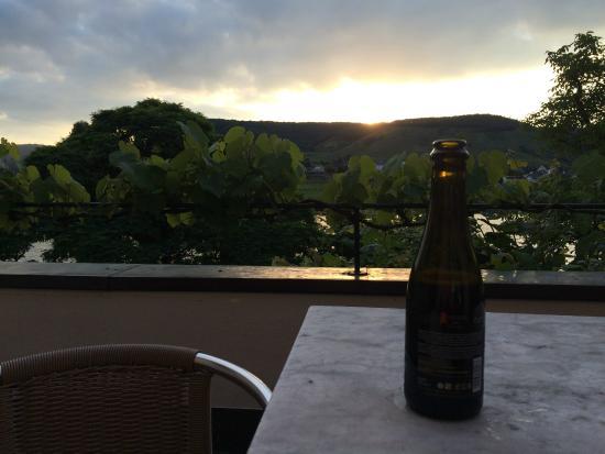 Hotel Haus Lipmann: Enjoying sunset on the terrace