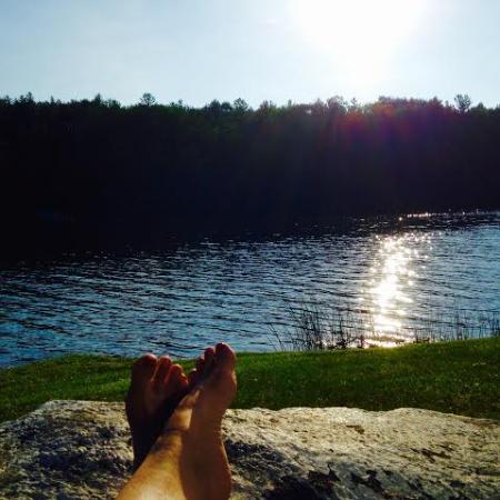 Black Swan Inn Berkshires, an Ascend Collection Hotel: Feet up!