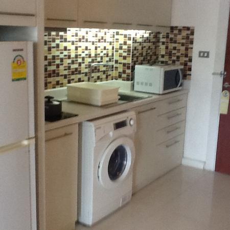 Sathorn Grace Serviced Residence: dapur