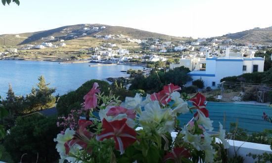 Anemona Villas: Θέα από τη βεράντα