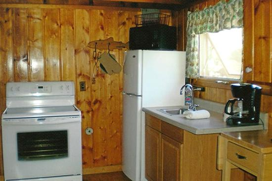 Yellowstone Inn: Kitchen Unit