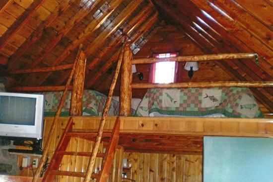 Yellowstone Inn: Loft for Children
