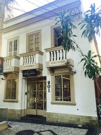 Hotel Monte Castelo: Fachada Dia