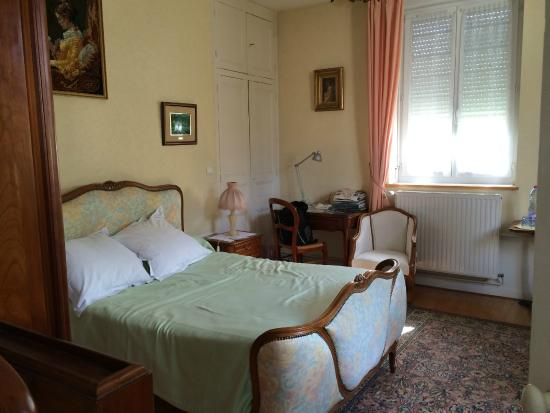 Chambre d'hote Cathedrale: Our gorgeous bedroom