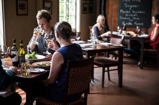 Vidal Estate Winery Restaurant: Lunch at Vidal
