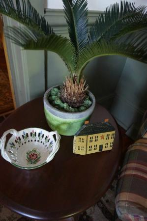 Cresson House Bed & Breakfast: Living room decorations