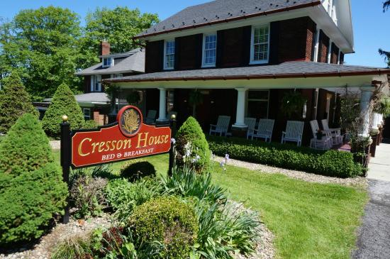 Cresson House Bed & Breakfast: Charming exterior