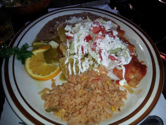 Tapanco: Hubby had the mexican food