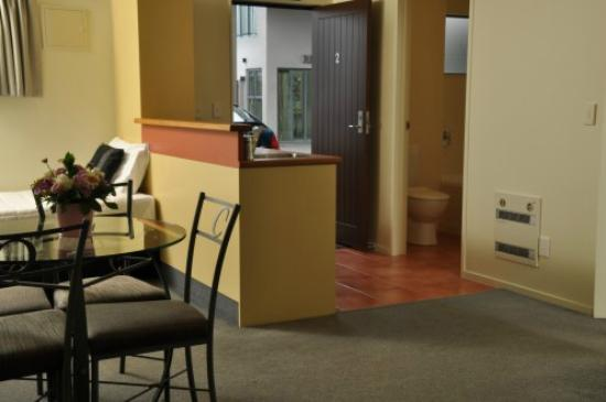 Chancellor Motor Lodge & Conference Centre: One Bedroom unit