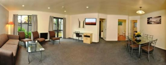 Chancellor Motor Lodge & Conference Centre: Amazing room in two bedroom suite